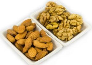 Миндаль и грецкий орех для качественной спермы